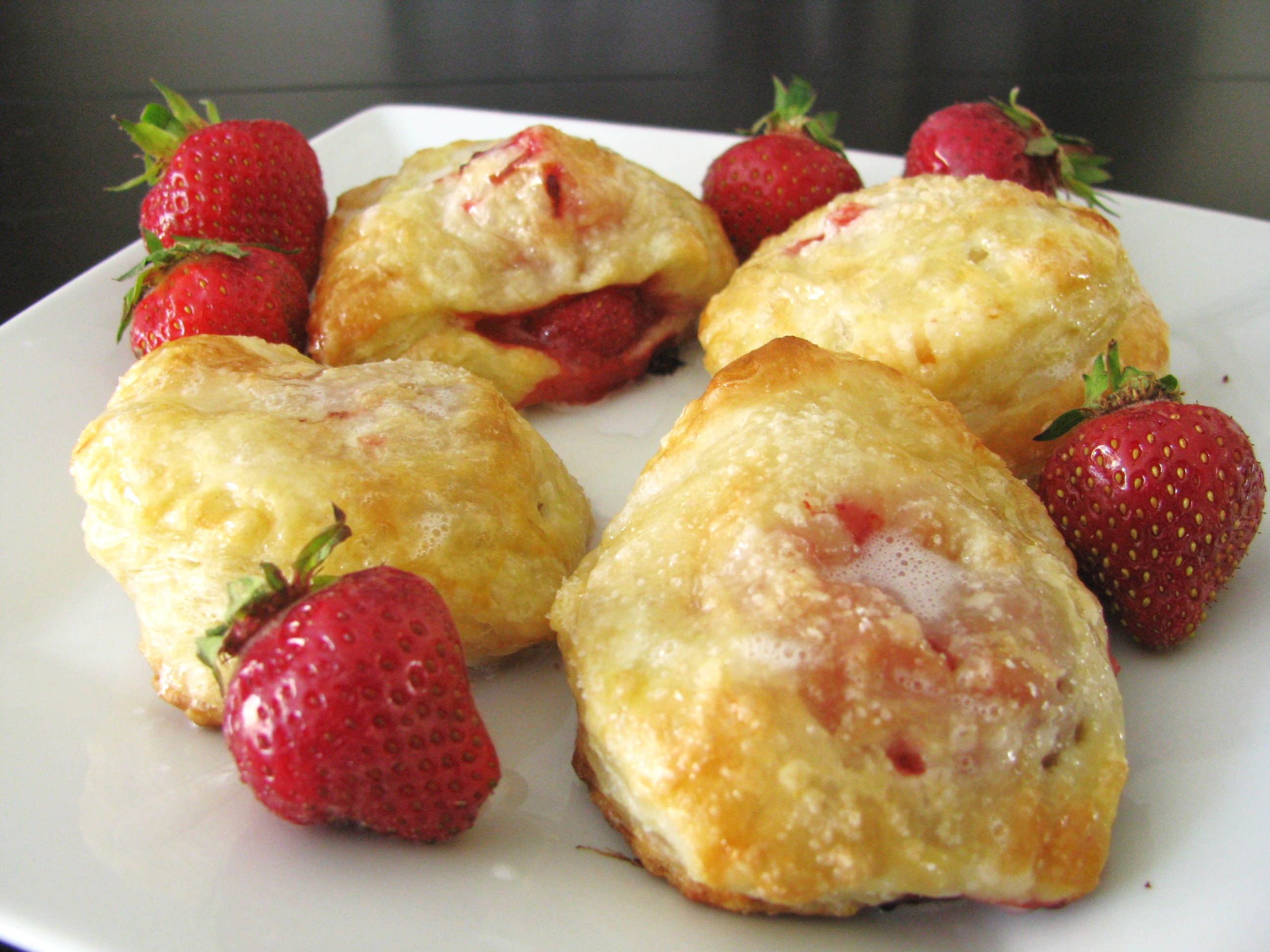 strawberry banana pastry