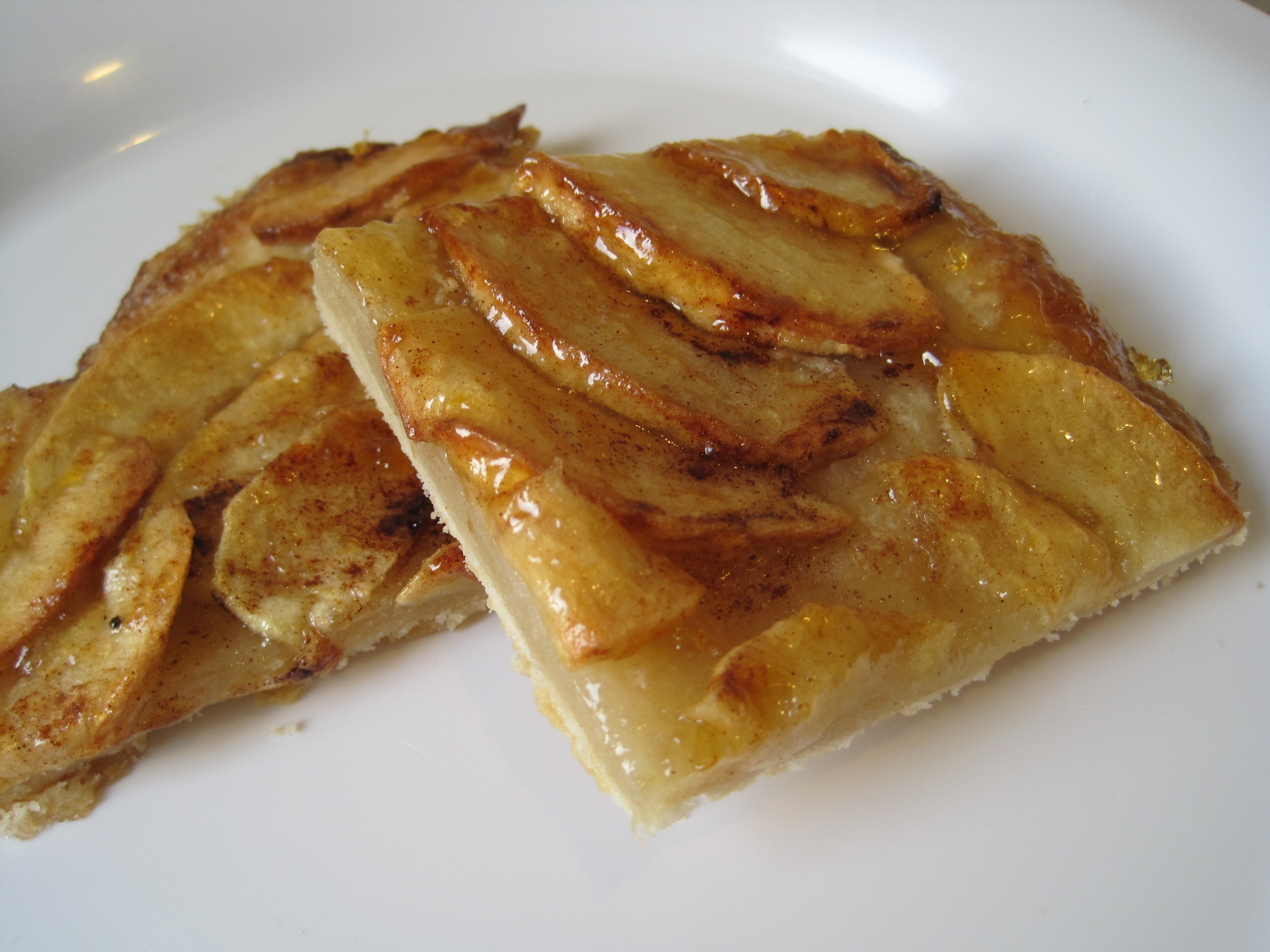 Simplest Apple Tart Recipe — Dishmaps