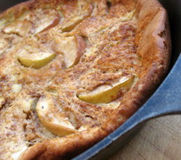 baked apple german pancake