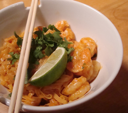 red curry shrimp with rice noodles