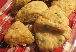 mini gruyere scones