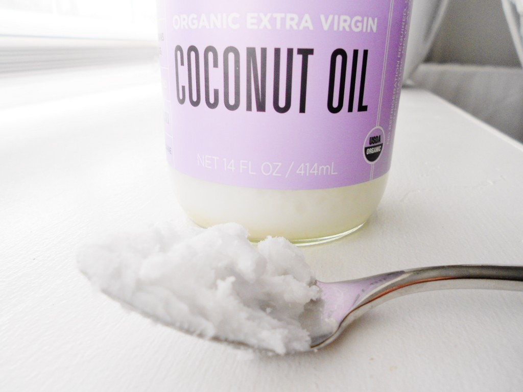 oil pulling with organic coconut oil